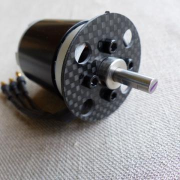 couple carbone moteur Dualsky